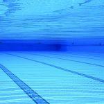 swimming-pool-504780_640