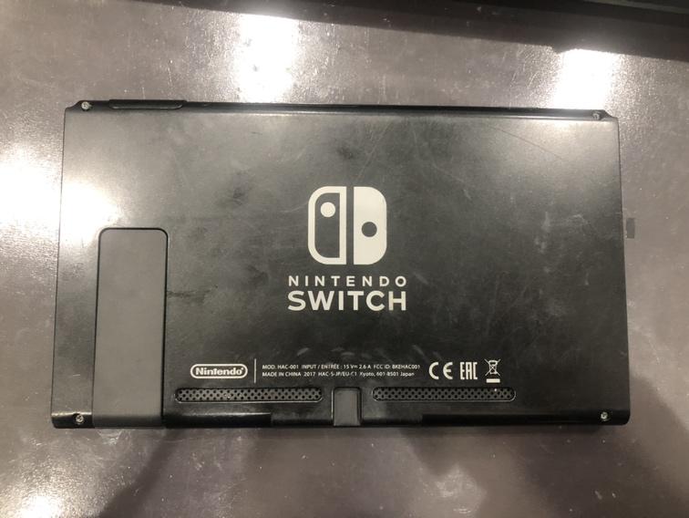 Switch背面